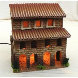 Casa con porticato per...